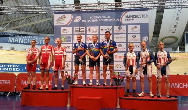 L'équipe de France avec Michel BRIAT championne du monde à Manchester